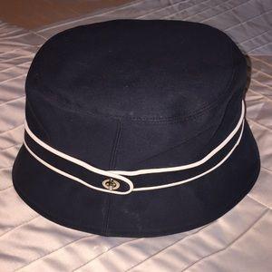 Coach crusher hat